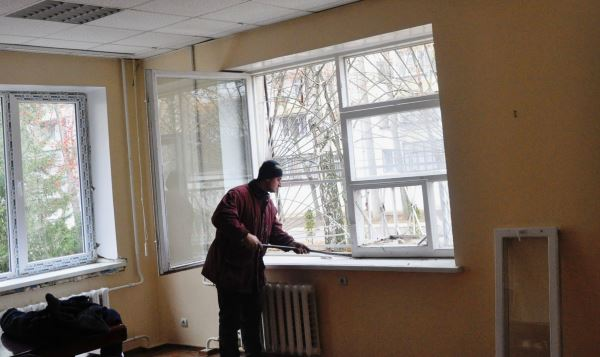 Кто должен делать ремонт балконных плит