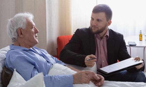 Как оспорить завещание на квартиру после смерти?