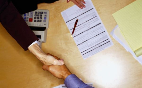 Ипотека с маленькой официальной зарплатой - возможно ли оформить?