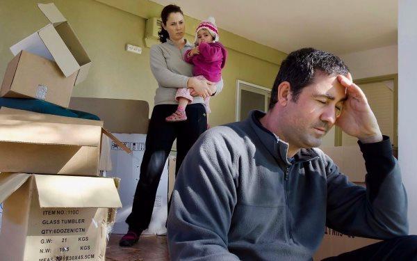 Как выписать детей из квартиры при продаже жилья?