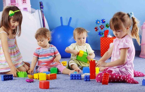 Как устроить детей в садик без прописки?