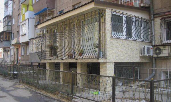 Как оформить пристройку к многоквартирному дому?