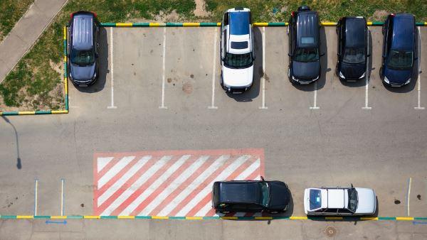 Размер парковки для легкового автомобиля